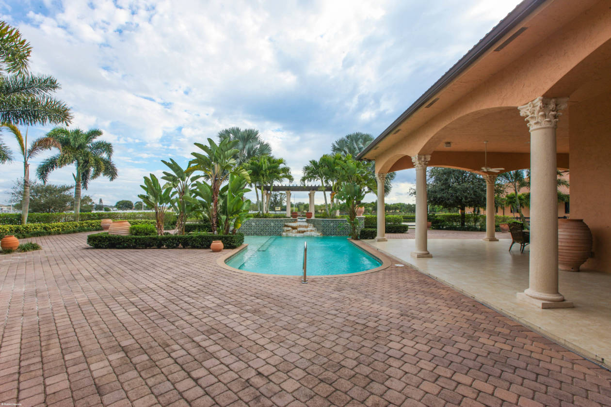 Motivated Seller Equestrian Estate In Wellington Fl