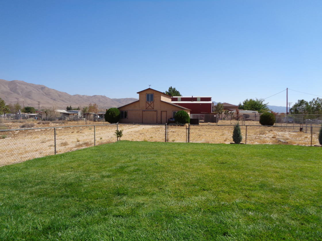 Horse property for sale with lovely landscaped home view for Horse property for rent in southern california