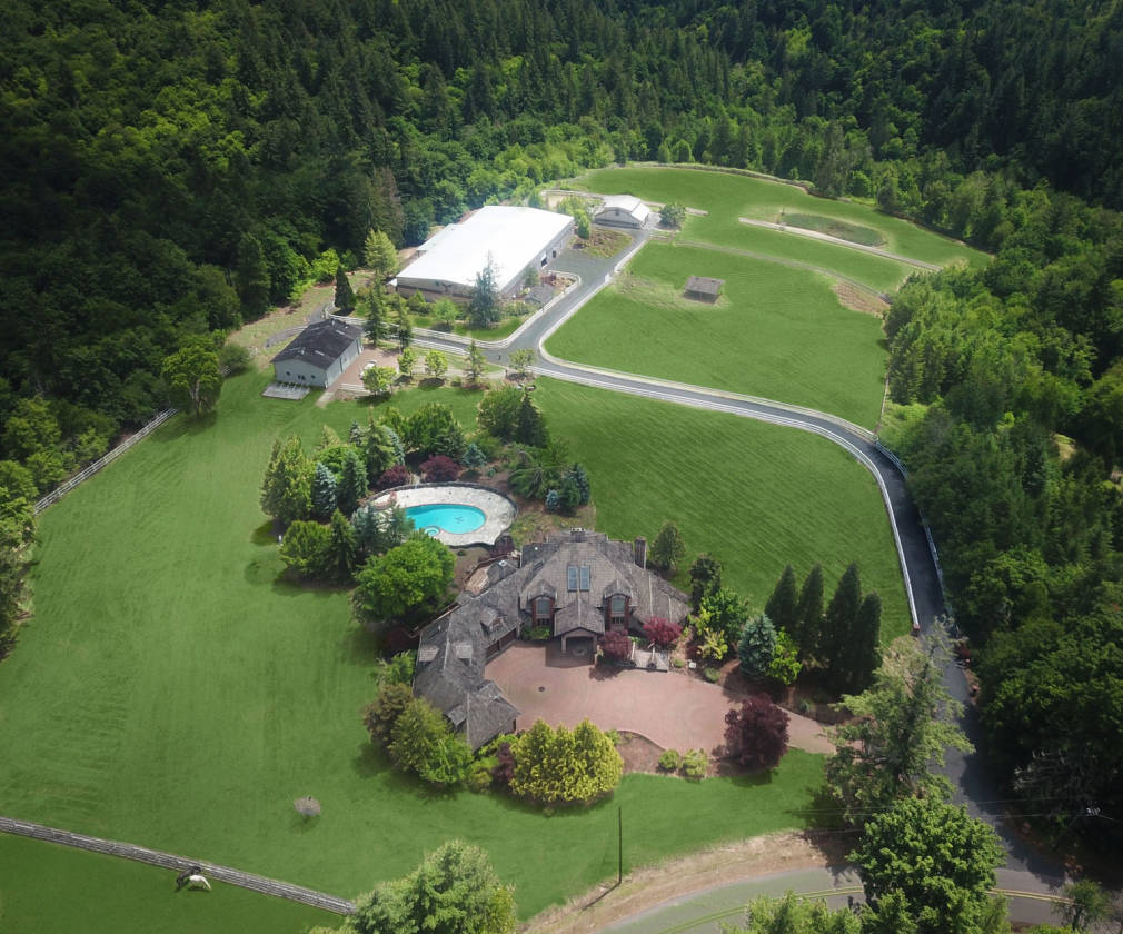 One Of A Kind Equestrian Estate Near Intel Portland