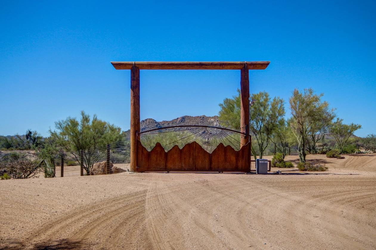 16 Acre Horse Ranch In Rio Verde Az Scottsdale