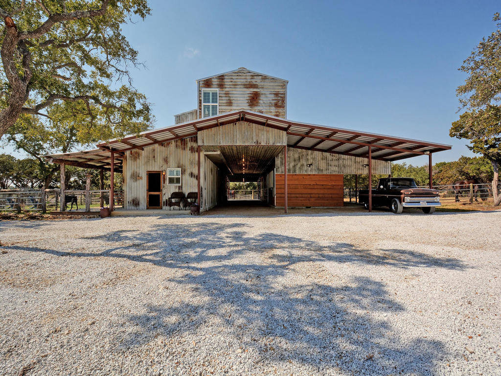 Kitchenette Floor Plans Unrestricted Equestrian Estate With Barndominium And Arena