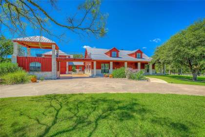 Horse Property for sale.