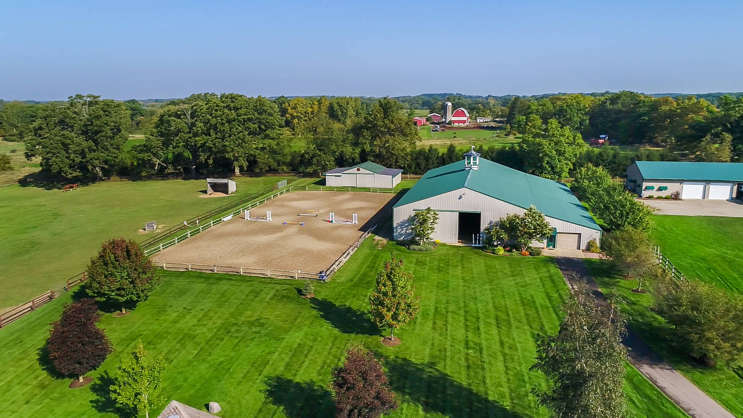 20 acre equestrian estate in chelsea michigan luxury home rh horseproperties net