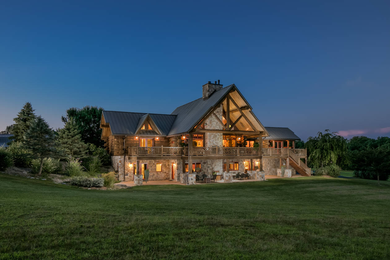 Luxury log homes preferred home design for Luxury timber homes