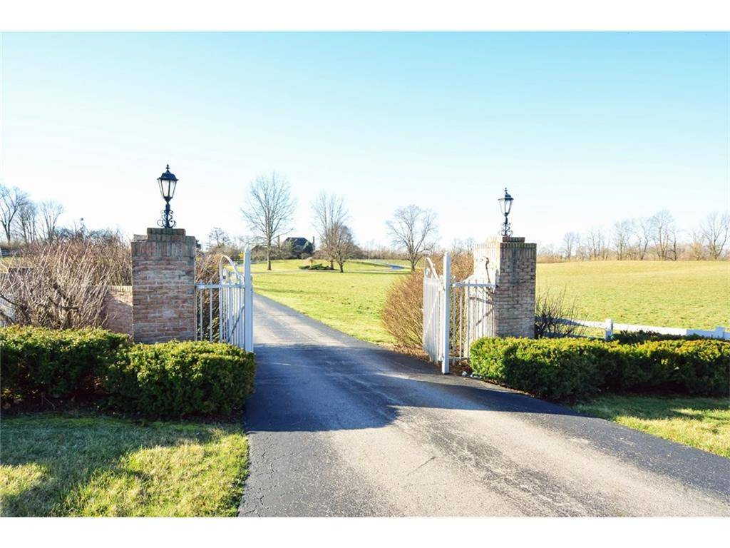 Equestrian Estate With Gorgeous Home Amp 10 Stall Custom