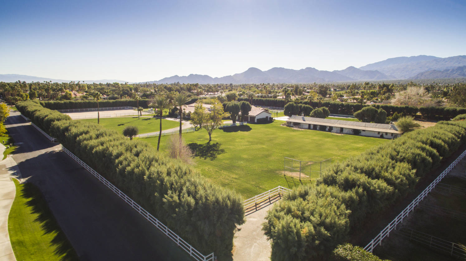 7 acre gentleman 39 s ranch rancho mirage riverside county for 10000 square feet to acres