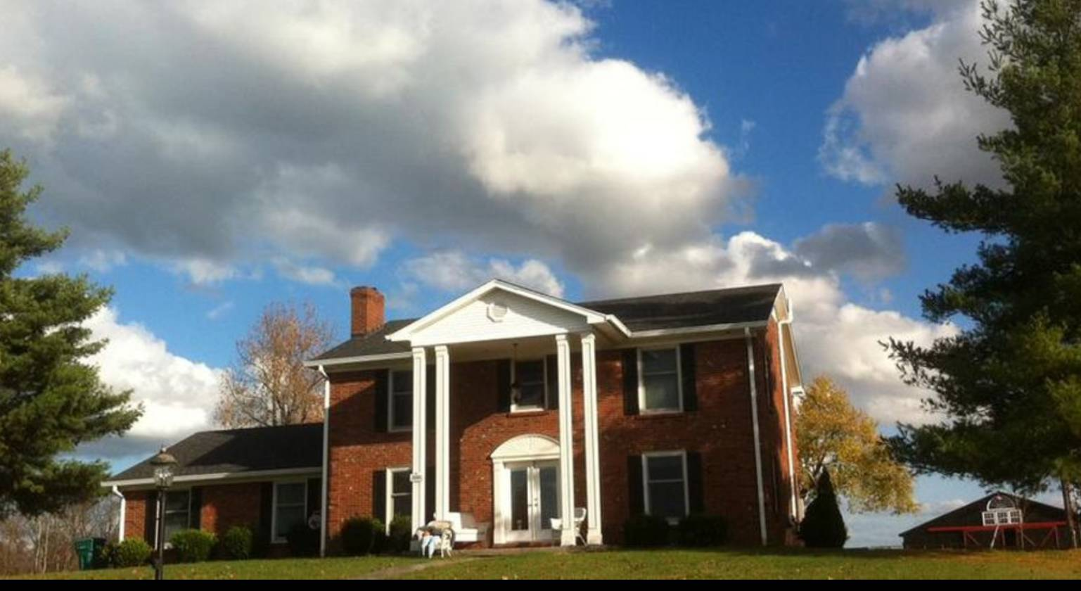 Previous Beautiful Lexington KY Farm Colonial Home