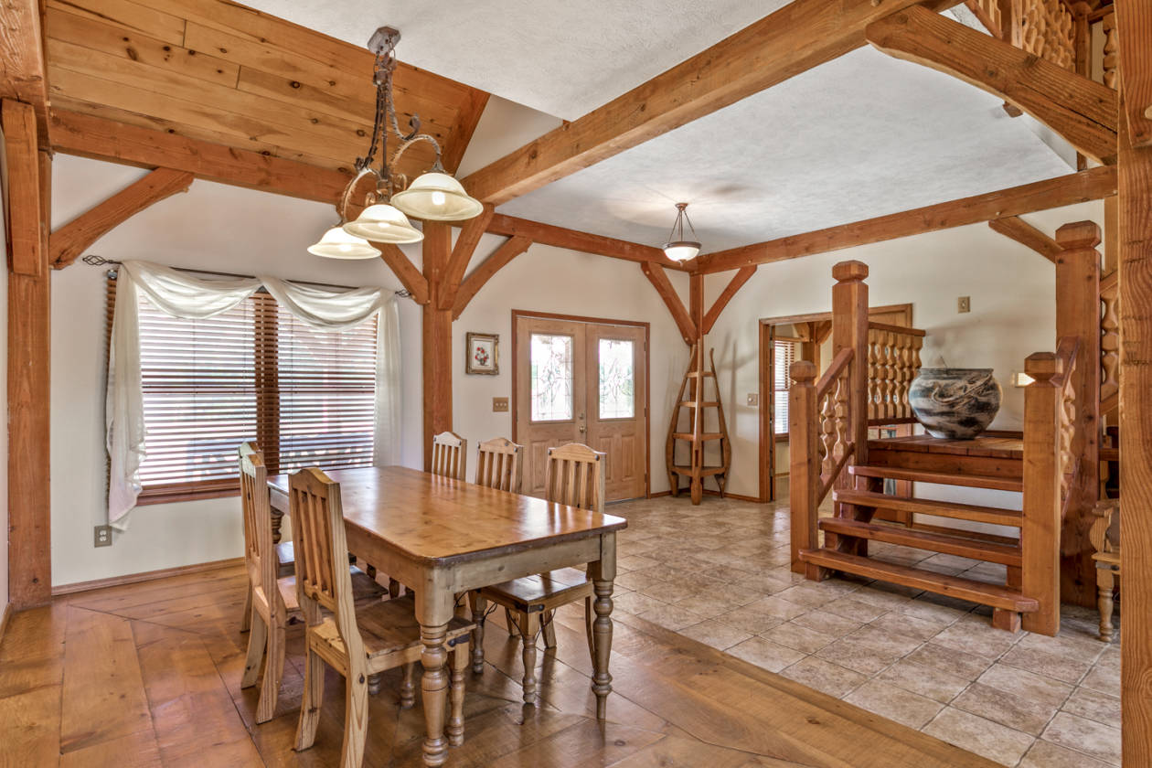 Timber Frame Home On 15 7 Acres For Sale Allows