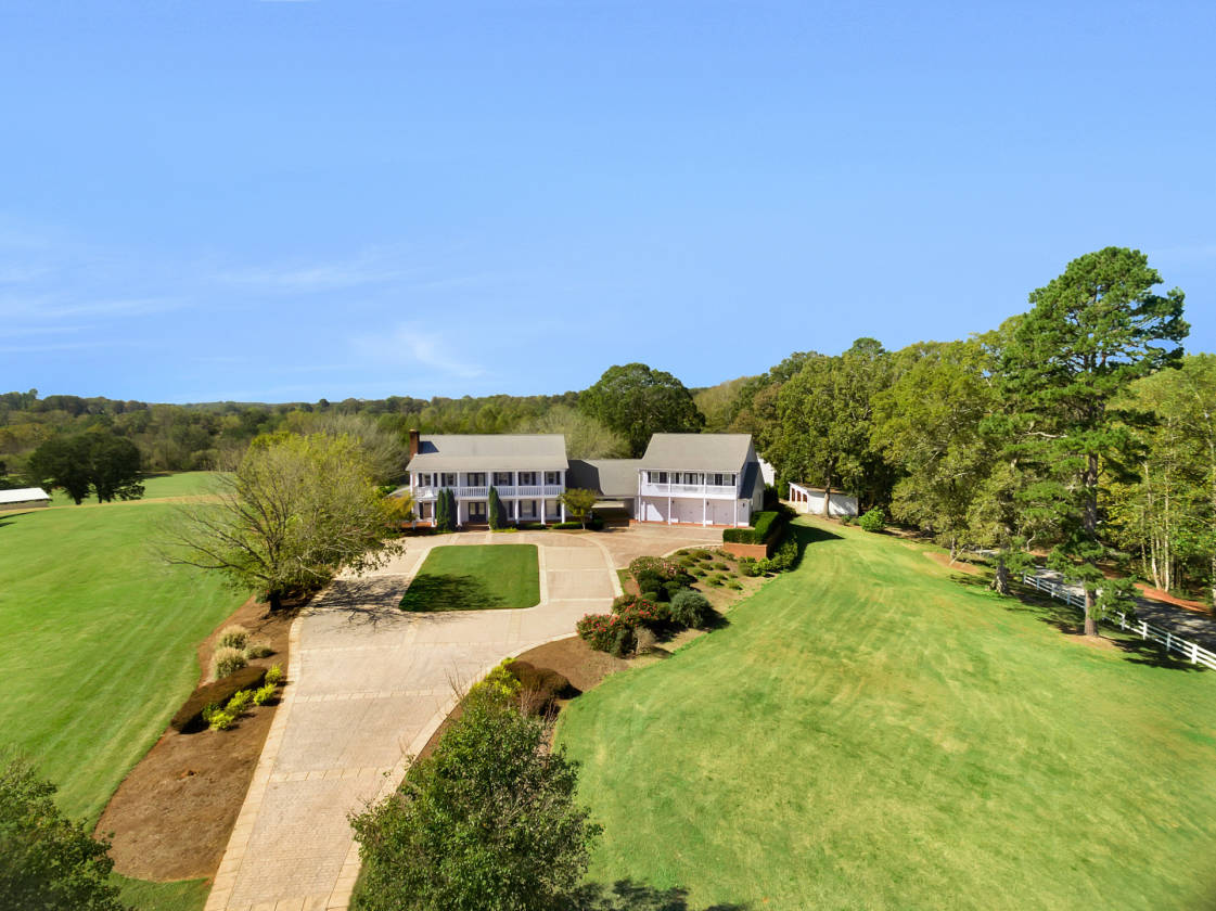 1 Acre Estate Home - f9b757278a801101543c18d18ce63321f113b670_big_Wonderful 1 Acre Estate Home - f9b757278a801101543c18d18ce63321f113b670_big  Pictures_3810023.jpg